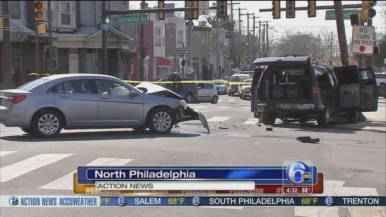 Drug suspect in custody after police chase, crash in North Philly