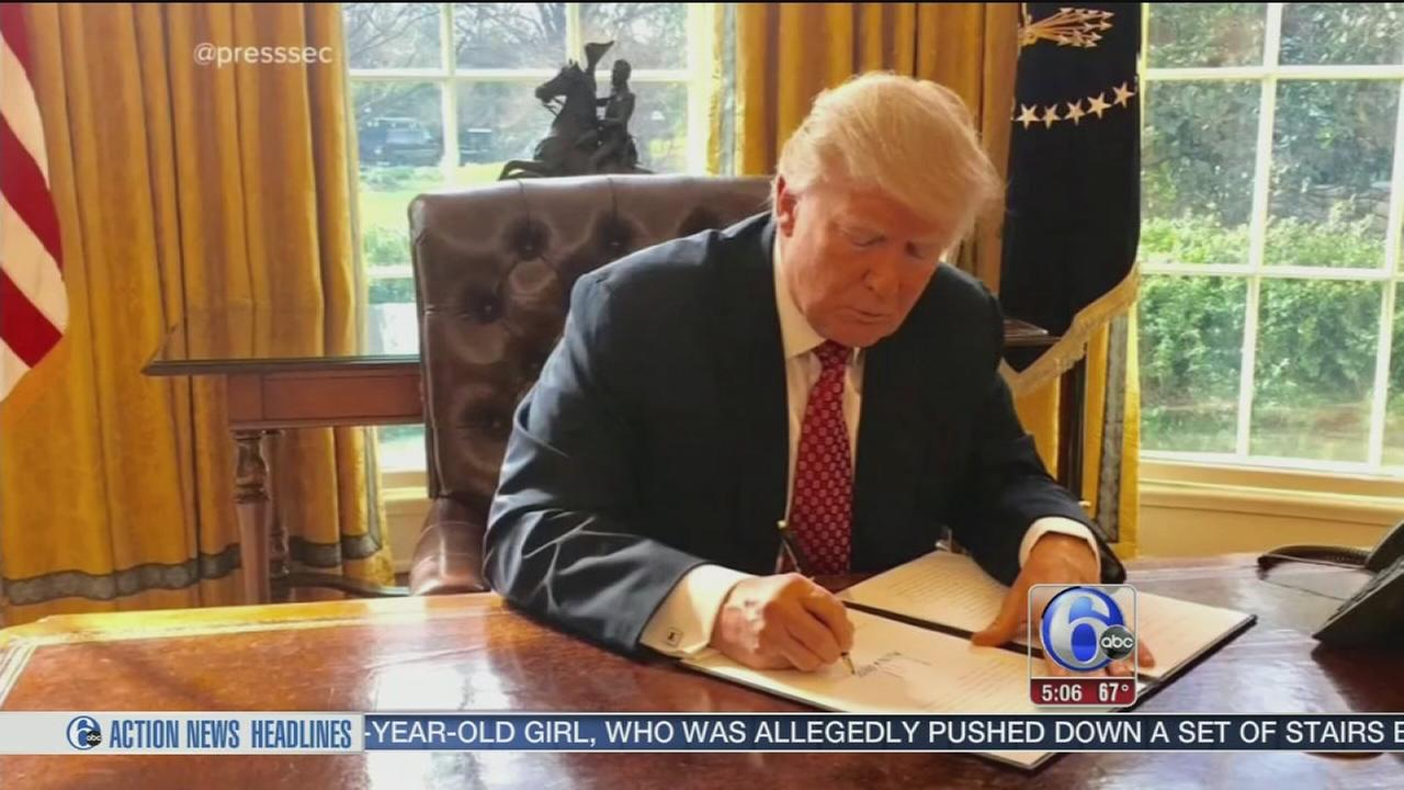 Legal challenges to Trumps travel ban mount from US states