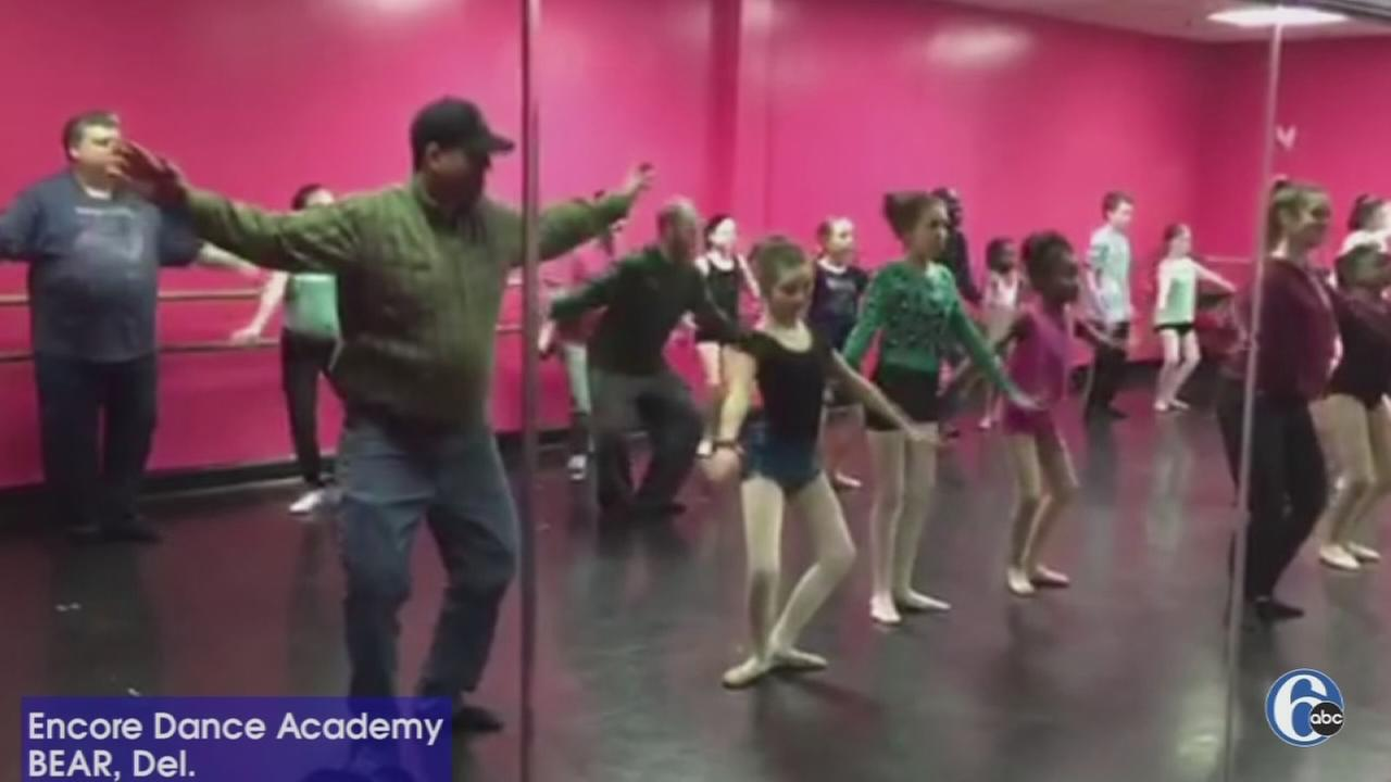 VIDEO: Daddy dance class