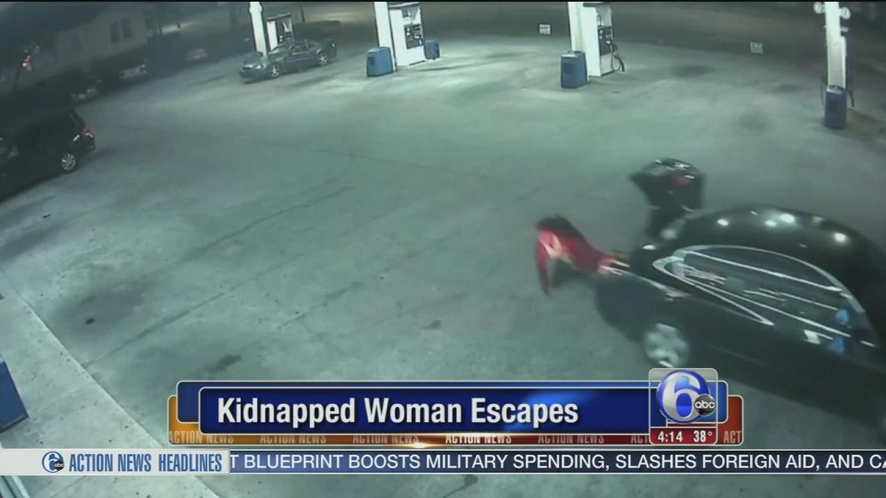 Caught on camera: Woman escapes alleged kidnapping