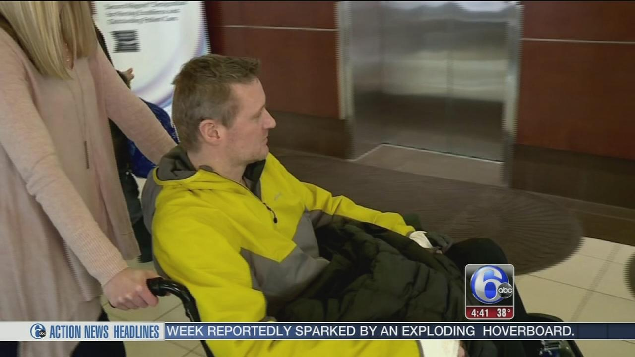 Dad loses hands, feet to rare strep infection case