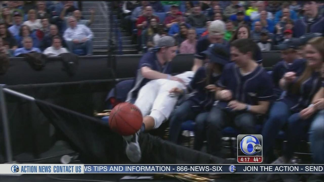 Josh Hart flies into crowd, Villanova band members break his fall