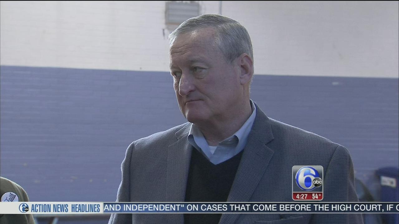 Kenney tours Soda Tax site