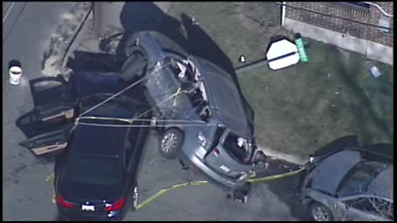 Chopper 6 over a multi-vehicle crash in Allentown.
