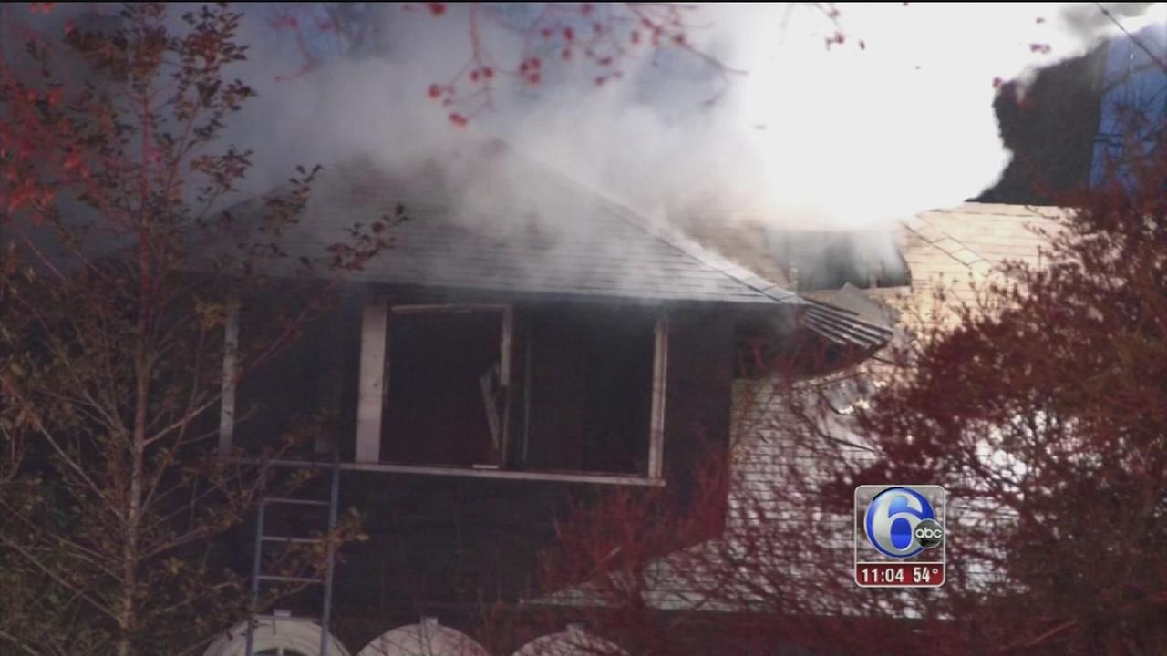 Firefighters battle Swarthmore fire