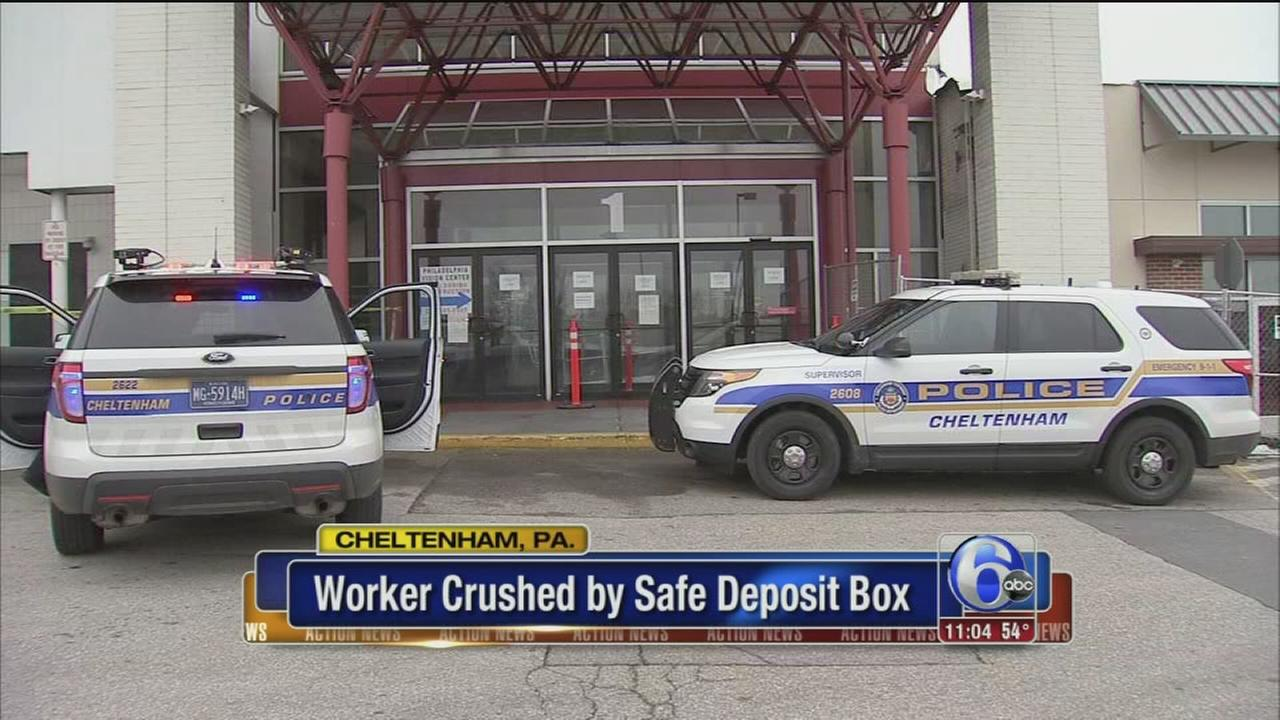 Police: Pa. man crushed to death by safe deposit box