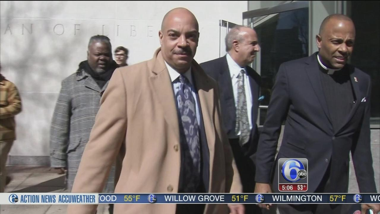 Indicted DA Seth Williams in need of a new lawyer