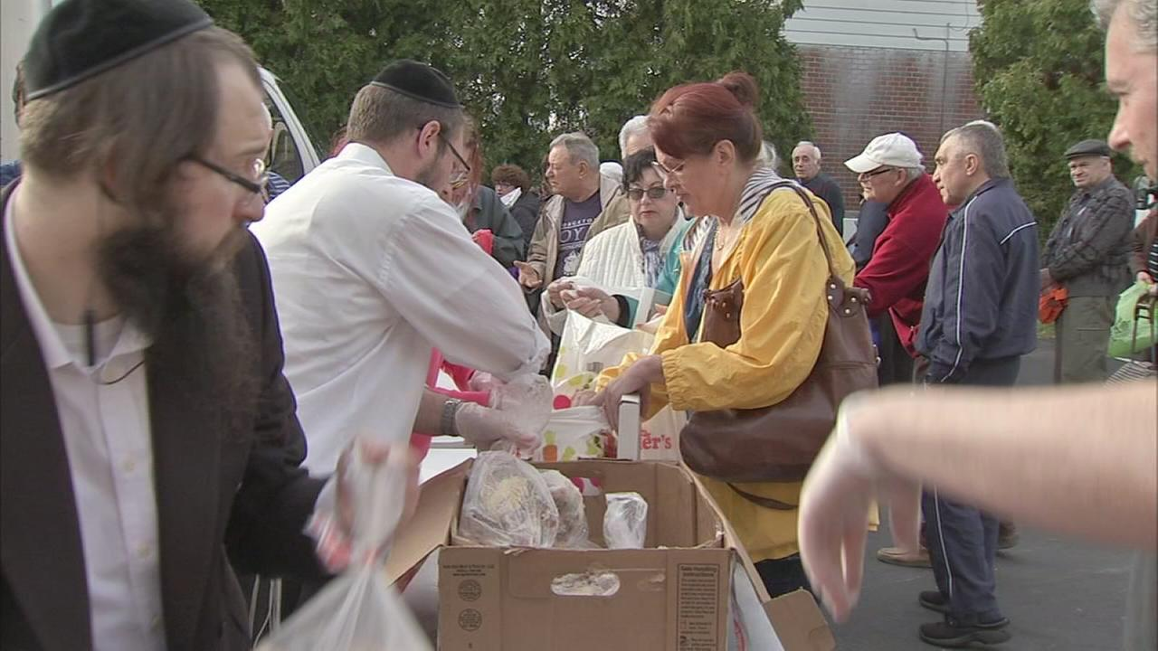 Passover meals for the needy