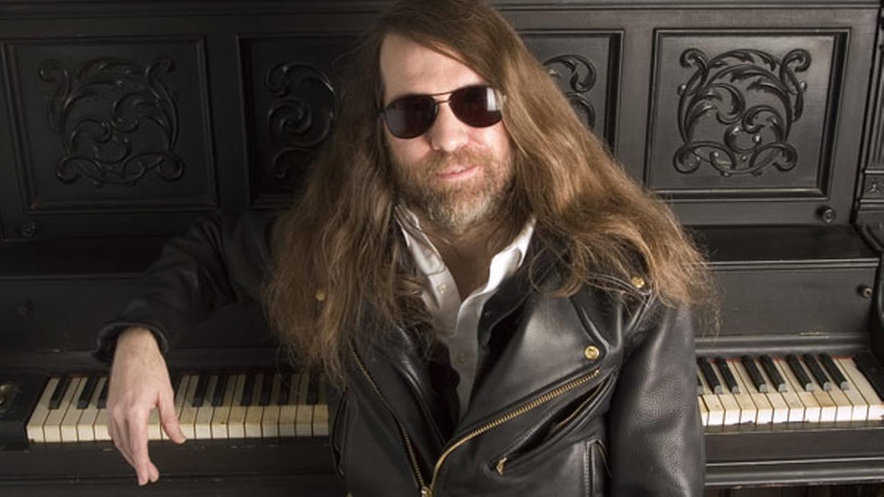 FILE - In this Oct. 20, 2006, file photo, Paul ONeill of Trans-Siberian Orchestra, poses in New York.