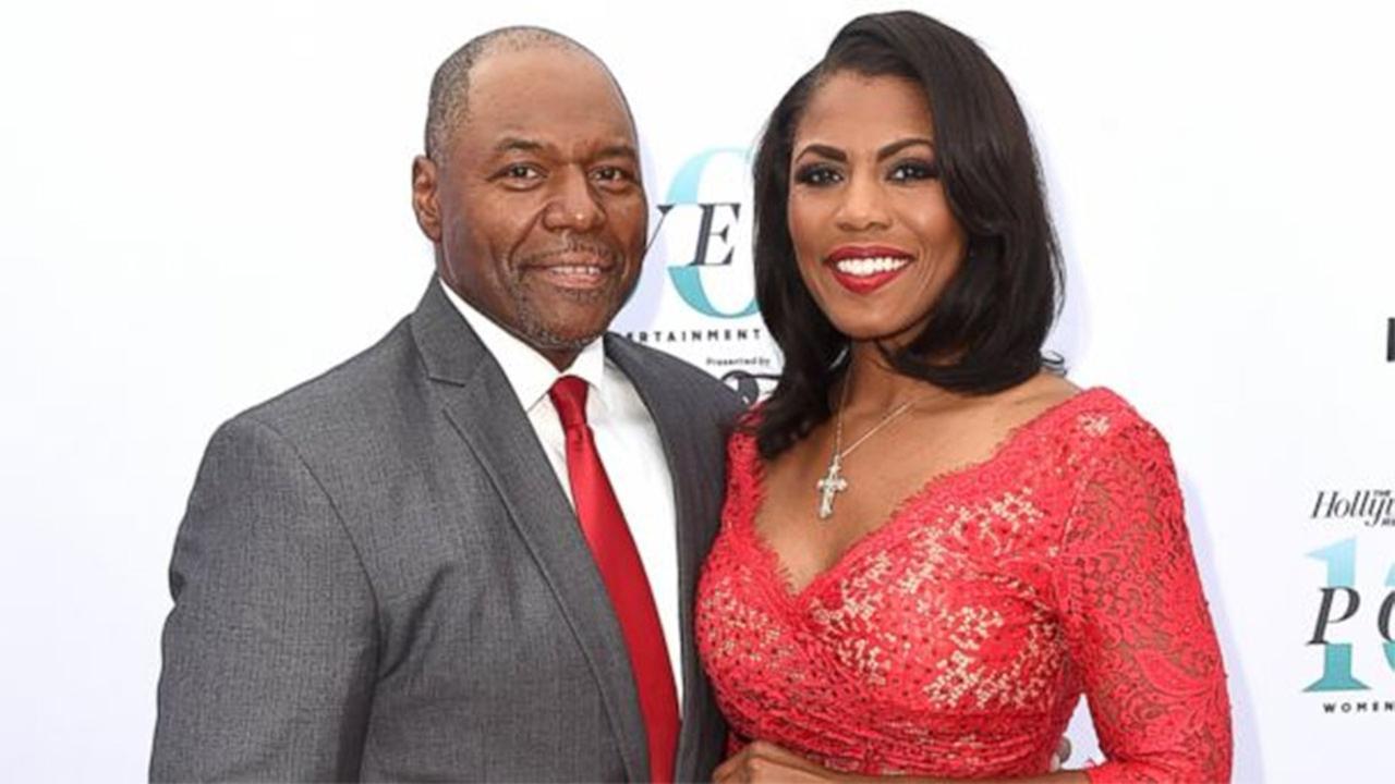 Omarosa weds Pastor John Allen Newman at Trump's DC hotel