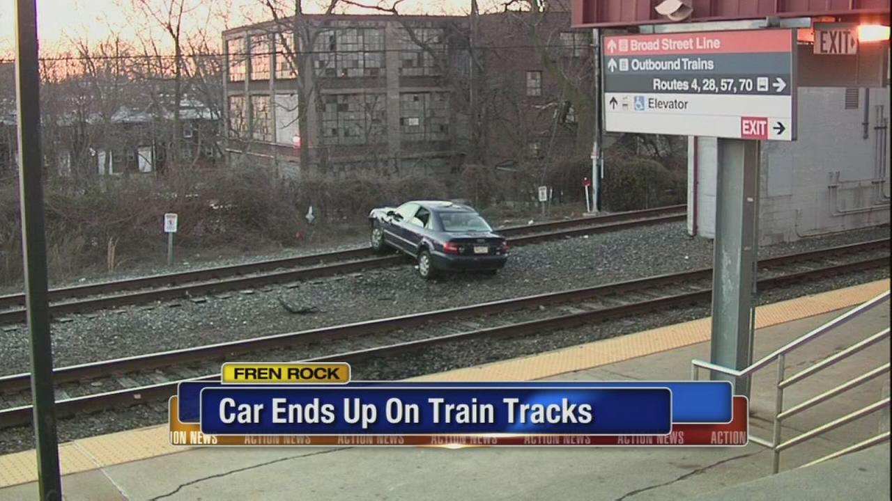 Driver hits Fern Rock SEPTA platform, stops on tracks