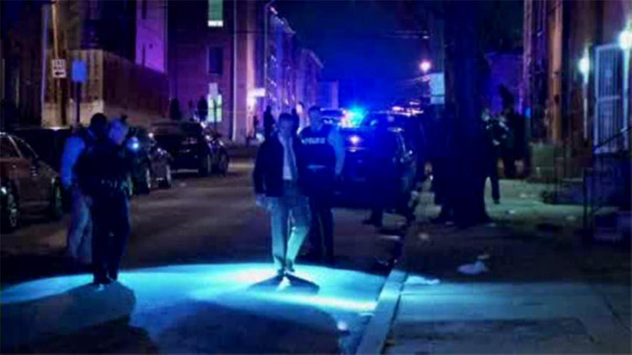 Woman shot and injured on Wilmington street