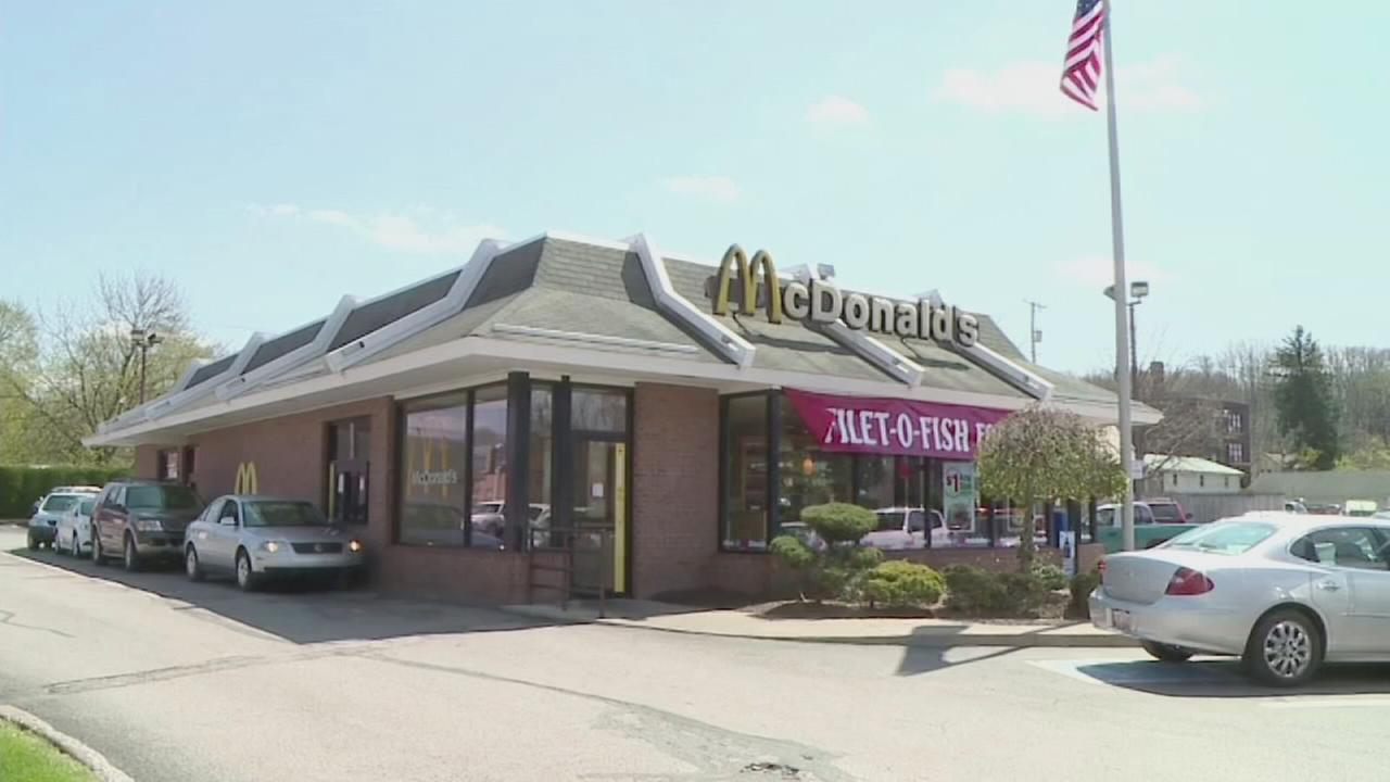 Boy, 8, craves burger, drives dads van a mile to McDonalds