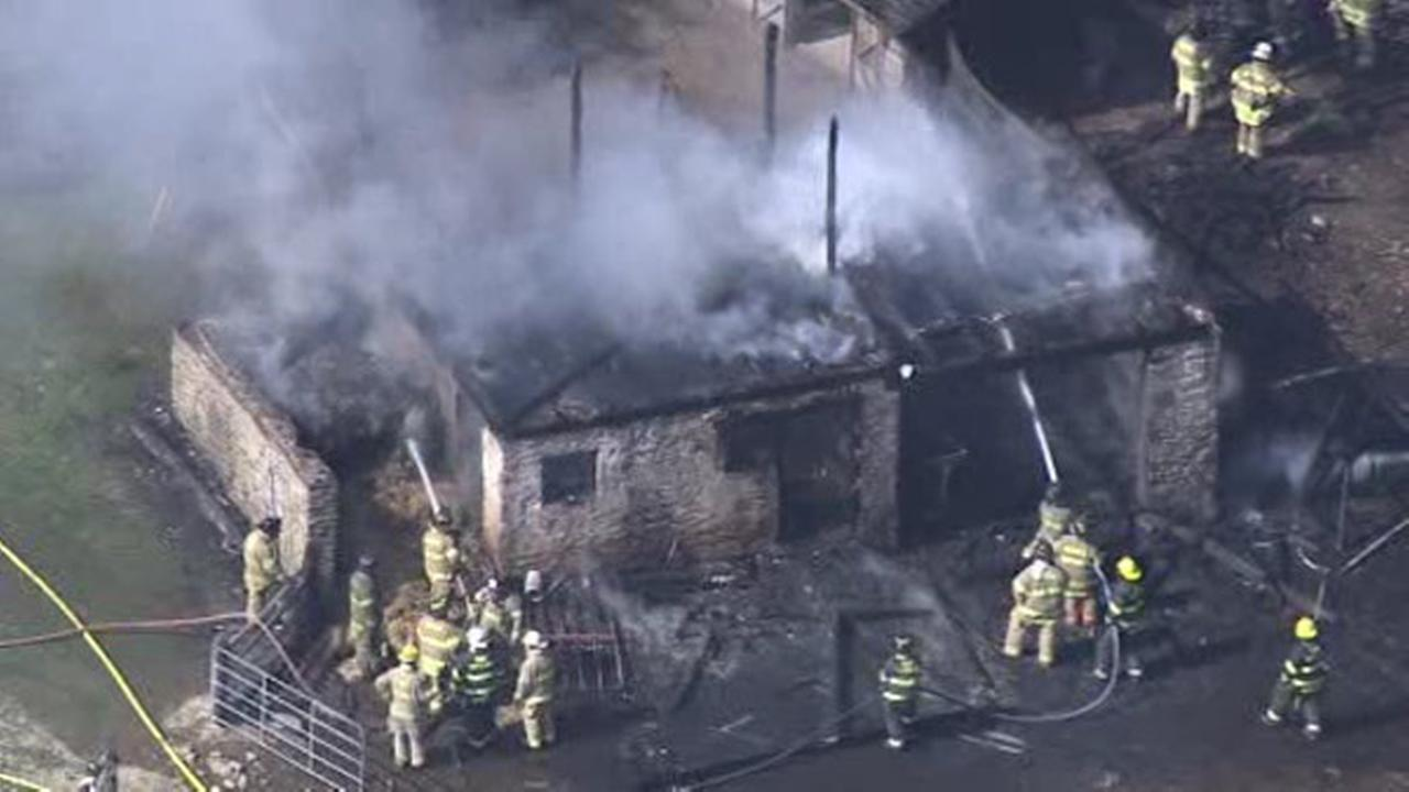 Fire destroys barn in Chester County