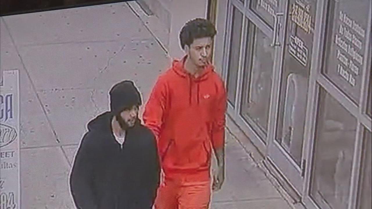 Man attacked on Philadelphia street, 3 sought