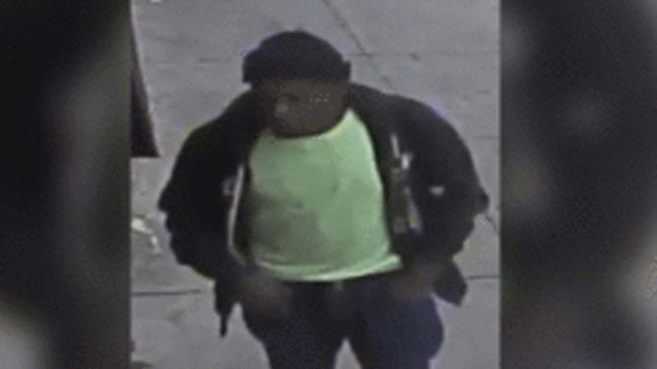 Police: Man with razor blade robbed 86-year-old in West Philadelphia