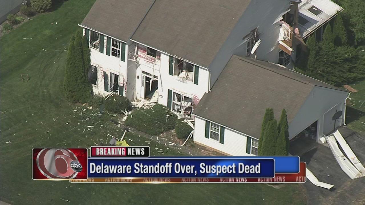 Delaware standoff over, suspect dead