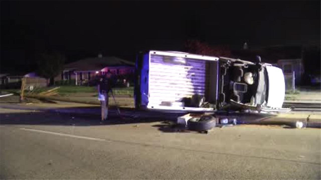 1 injured after truck slams into utility pole in Delaware