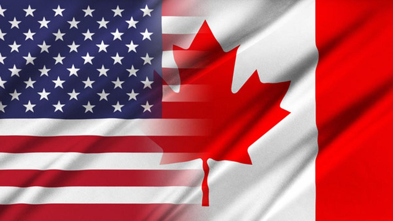 VIDEO: NHL fans in Canada sing US anthem before game