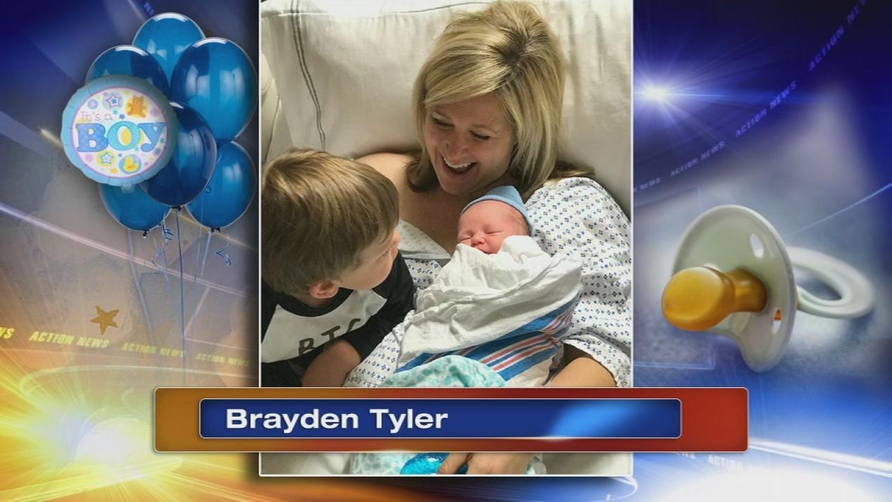 VIDEO: Jamie Apody welcomes 3rd son, Brayden Tyler