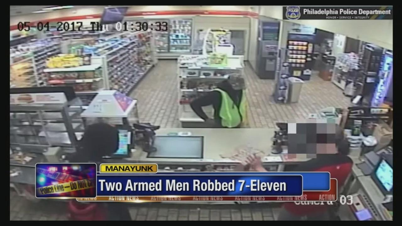 7-Eleven holdup caught on camera