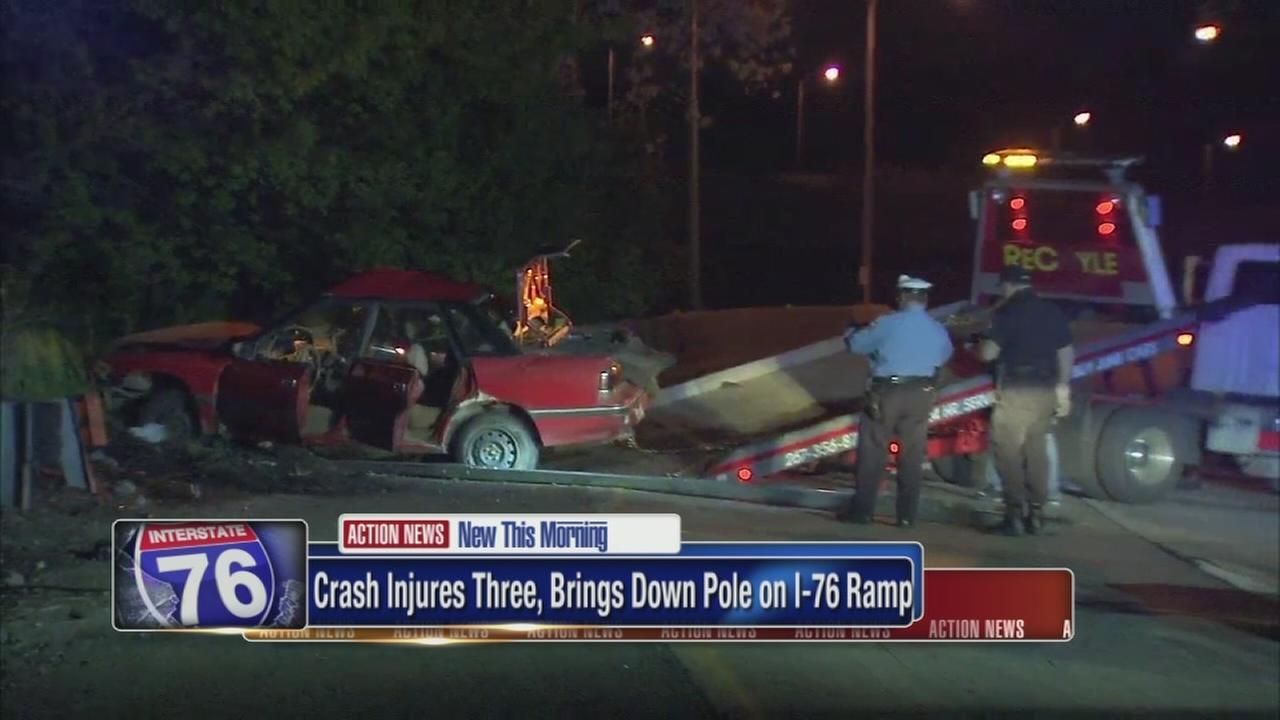 I-76 crash injures 3 people