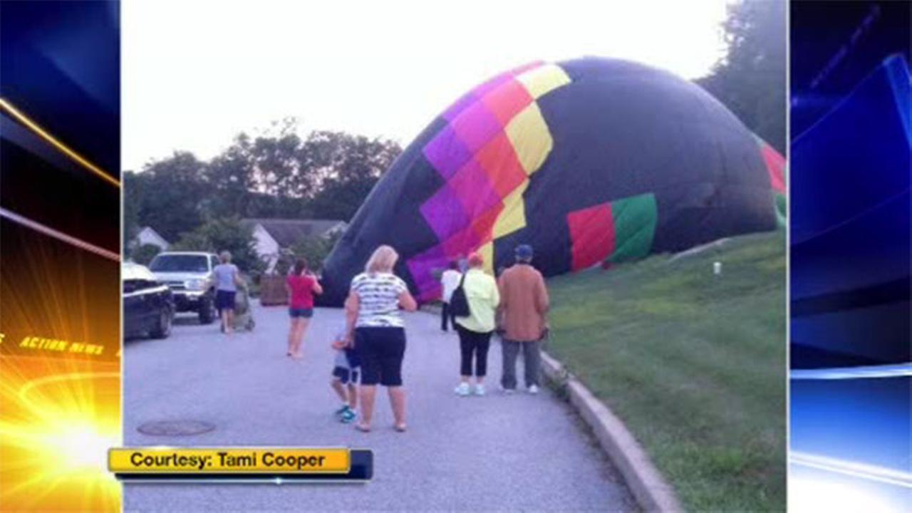Hot air balloon makes hard landing in Pa. neighborhood