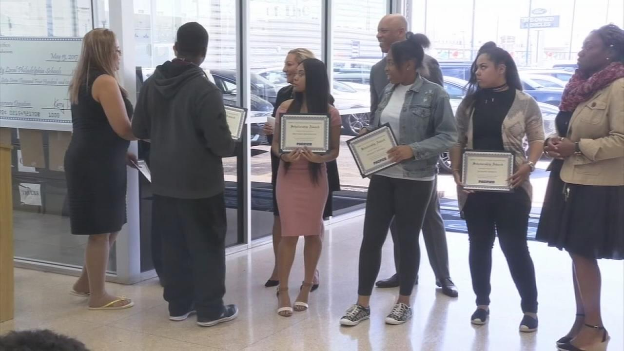 Auto dealer gives back to the schools