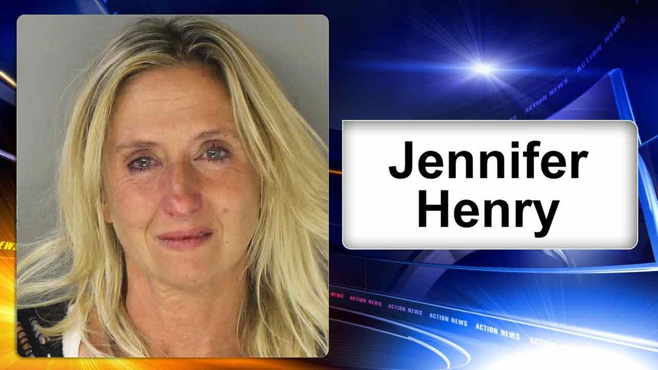 Police: Intoxicated woman shouted racial slurs inside Philadelphia airport