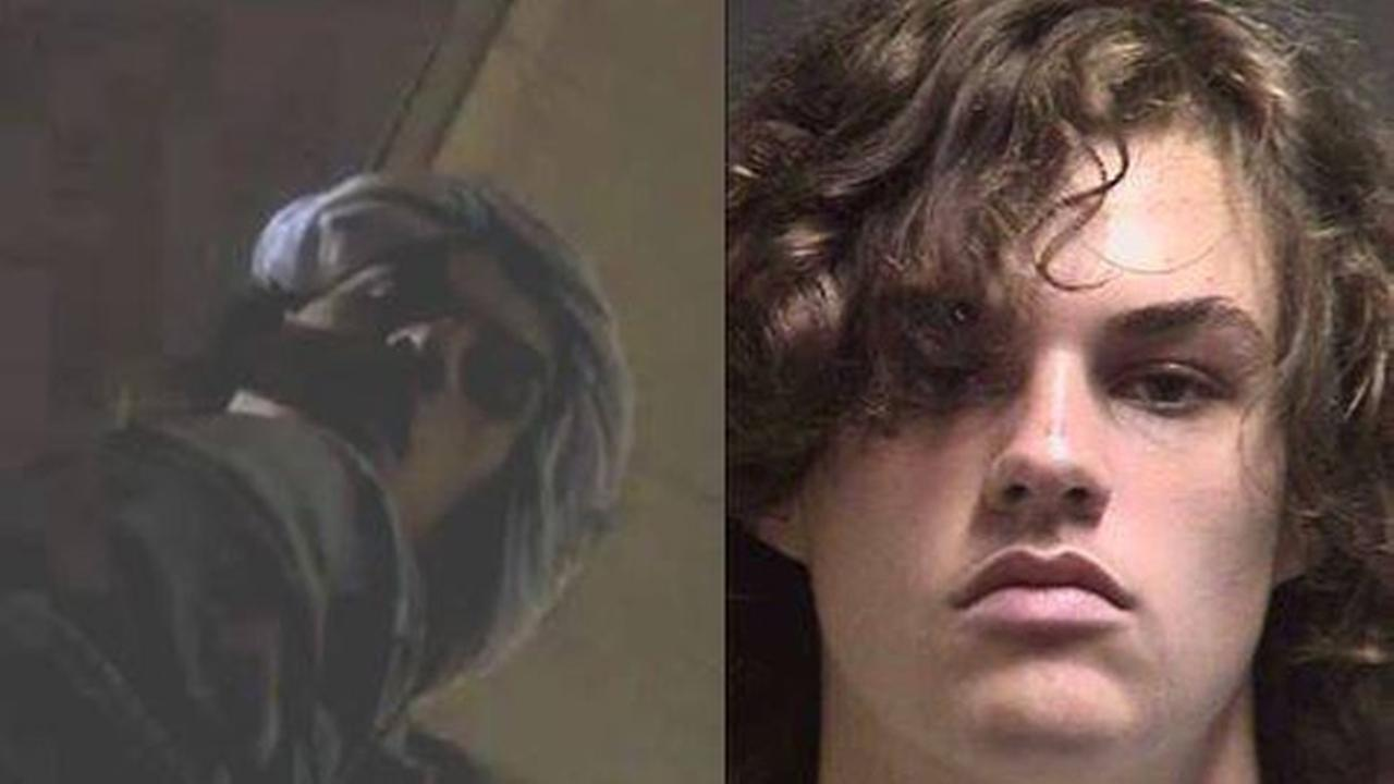 Facetime cracks a crime: Deputy video-calls stolen cellphone