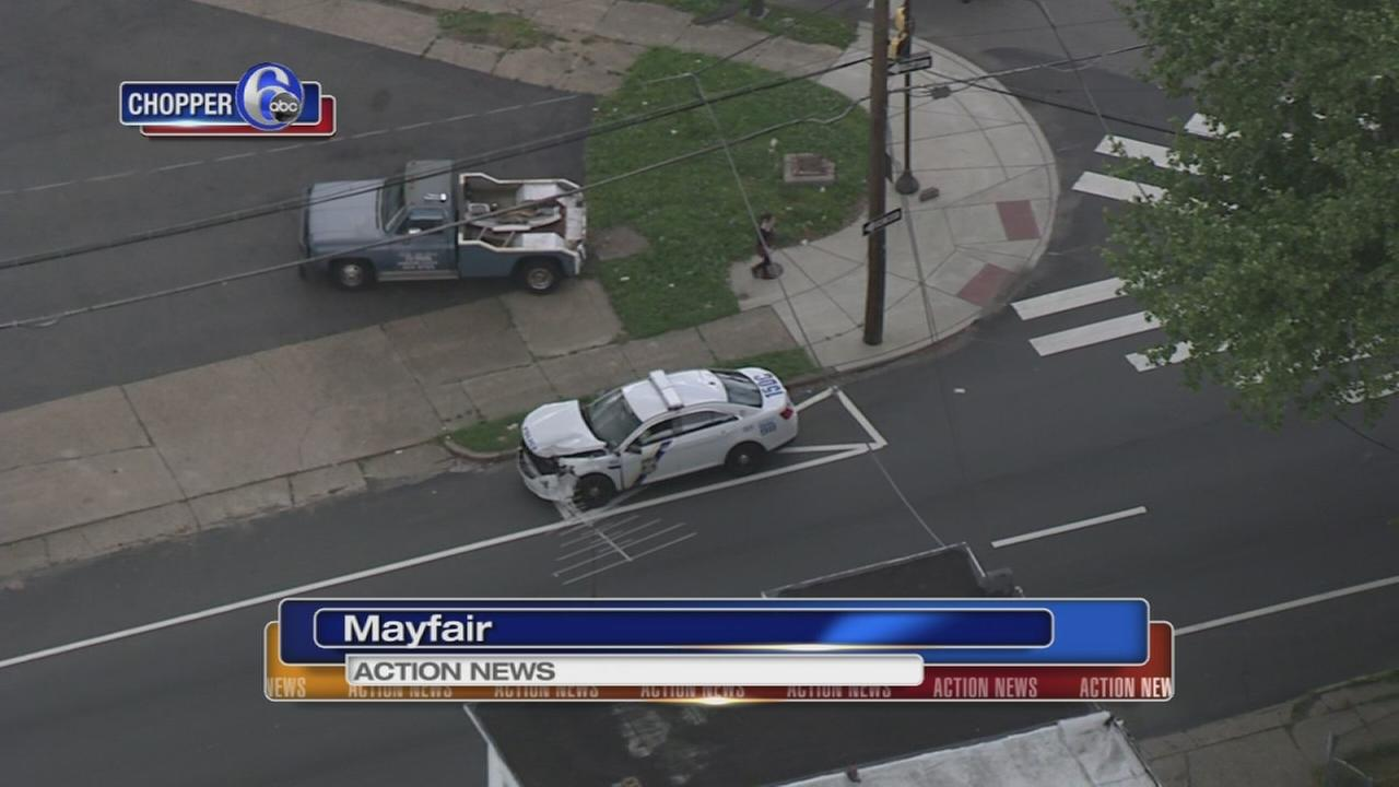 Philadelphia police cruiser involved in Mayfair crash