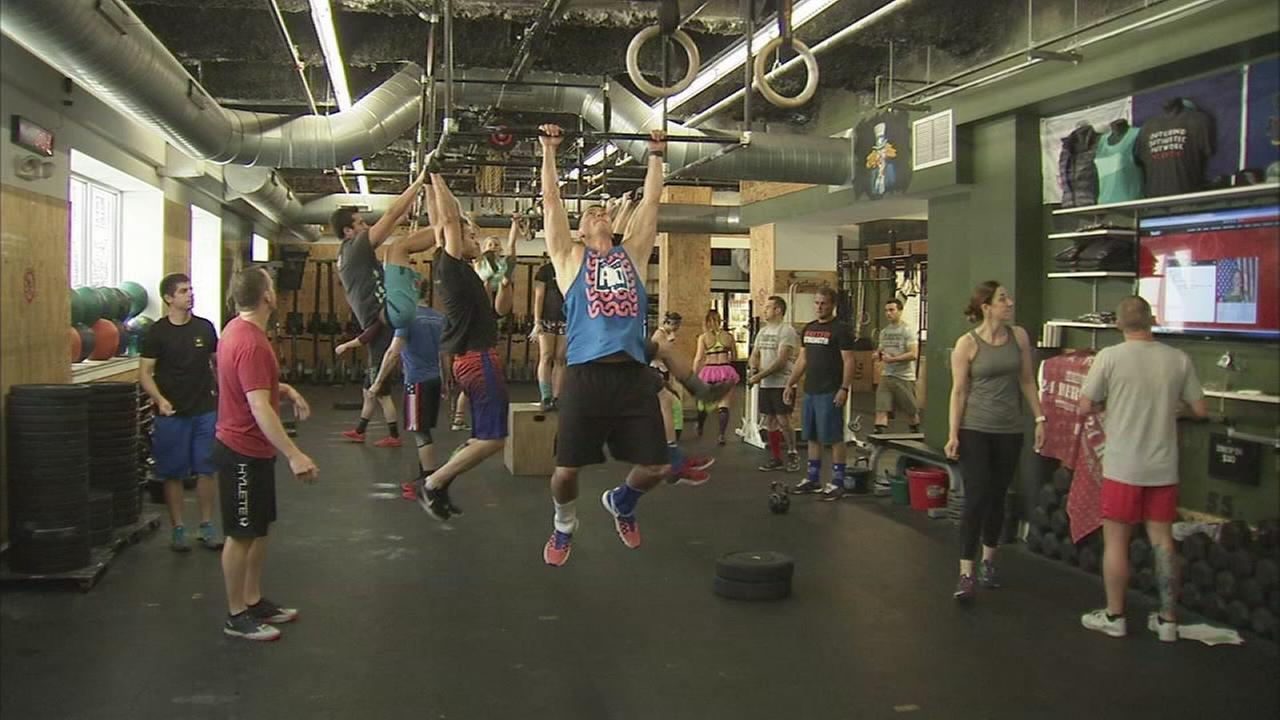 Athletes workout to honor fallen heroes