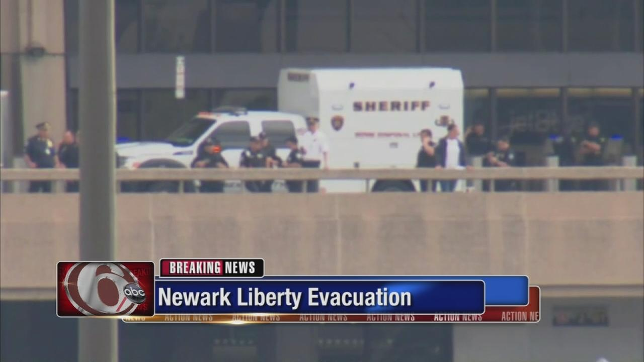 Package that led to Newark airport evacuation deemed safe