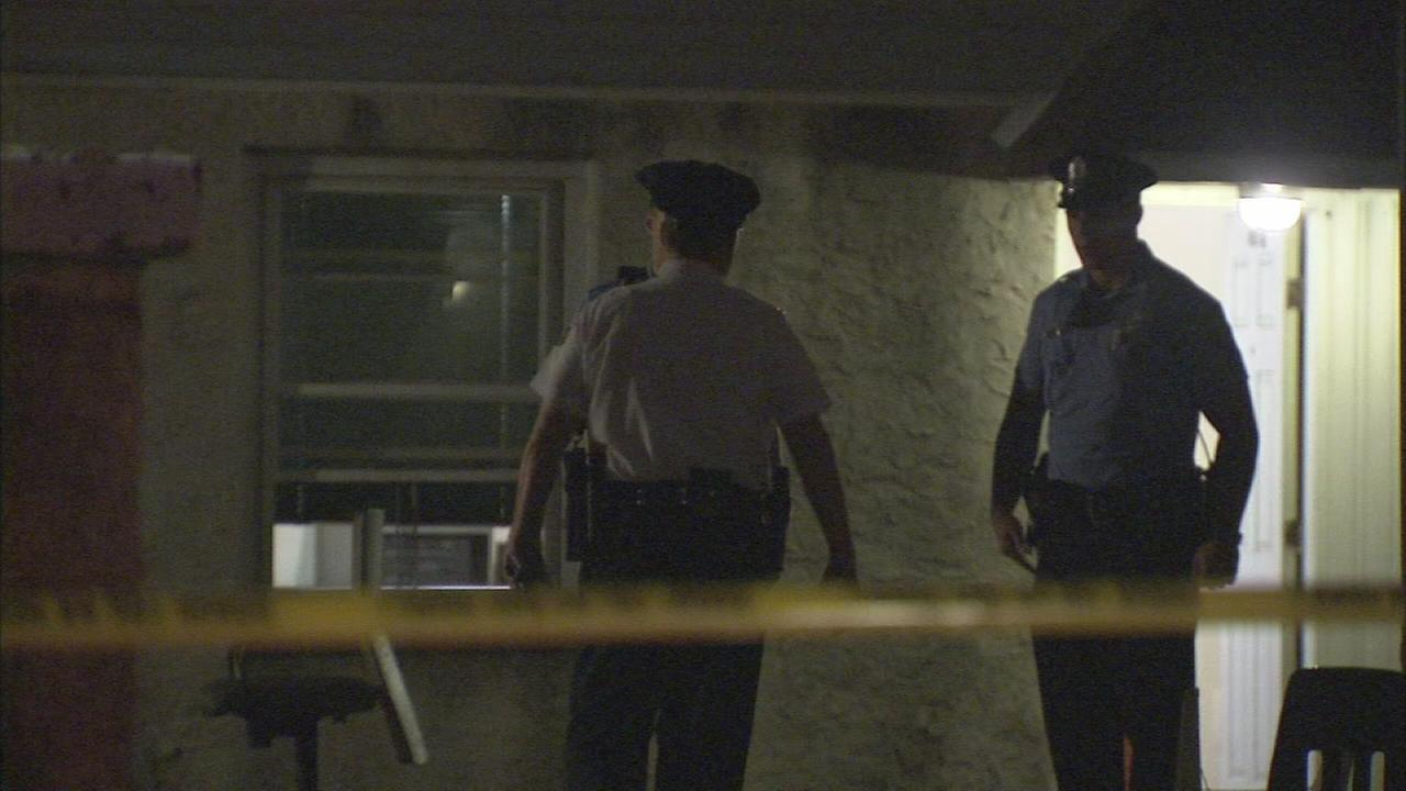1 dead after double stabbing in Port Richmond