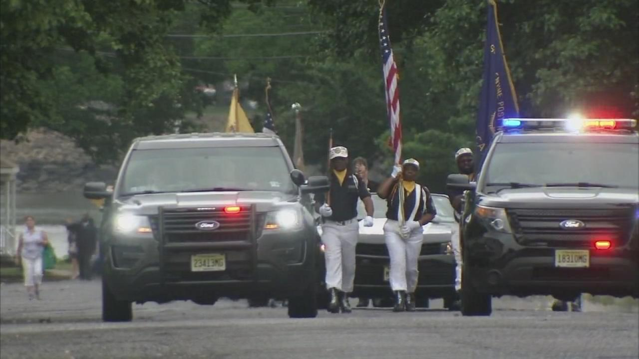 Edgewater Park-Beverly Parade honors the heroes