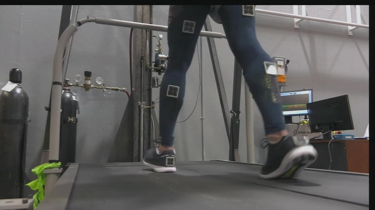 Scientific test reveals if compression tights help runners