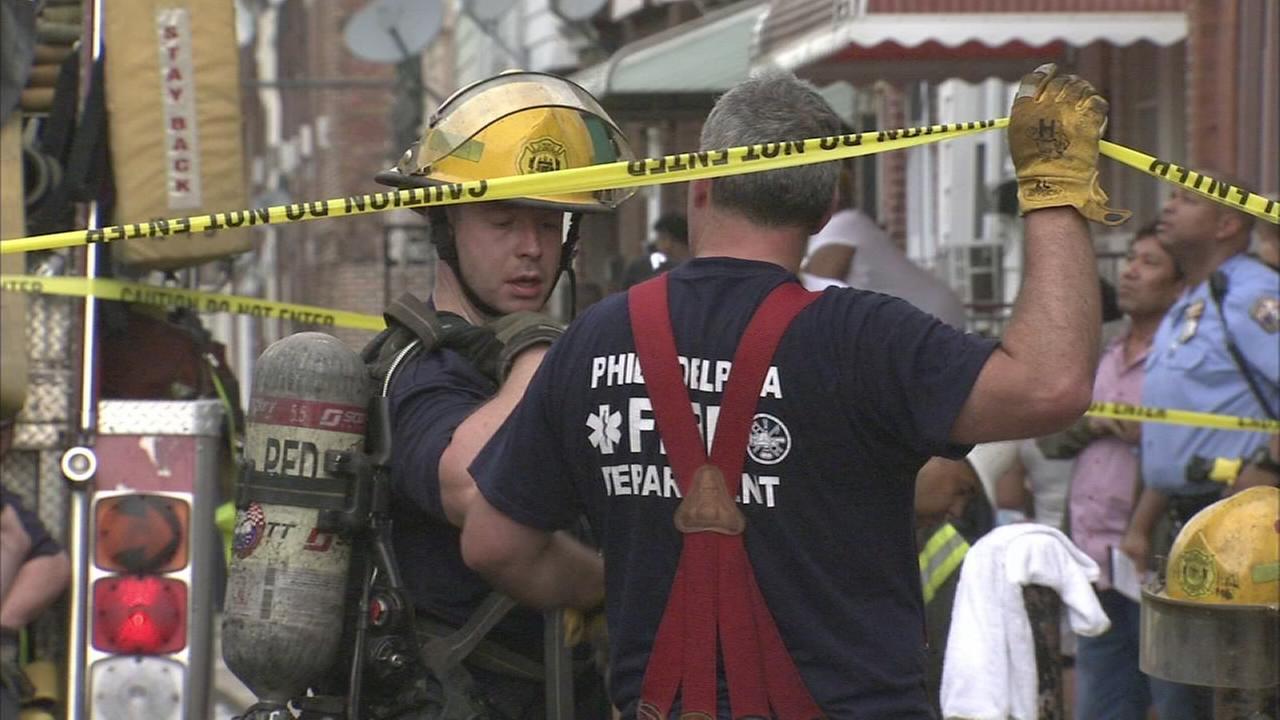 Fire destroys home in South Philadelphia