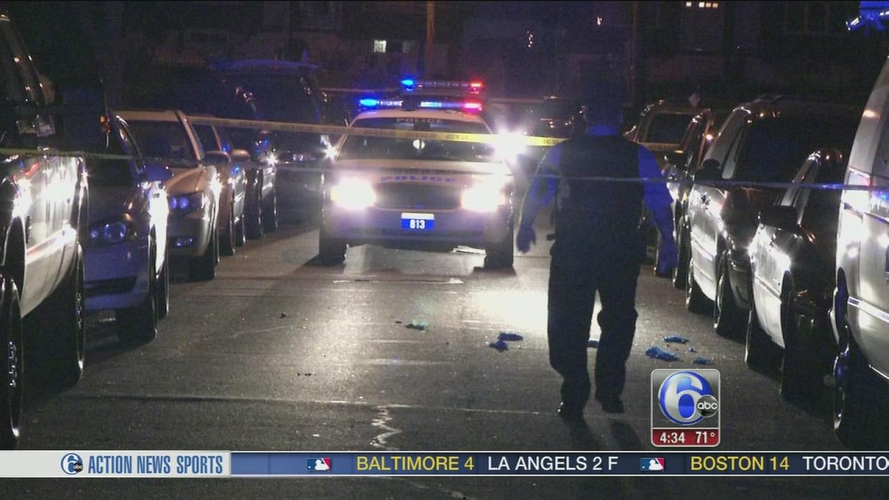 VIDEO: Gunman fires 17 shots at 2 men in Holmesburg
