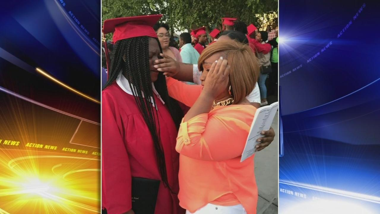 Families, friends locked out of graduation ceremony in Del.