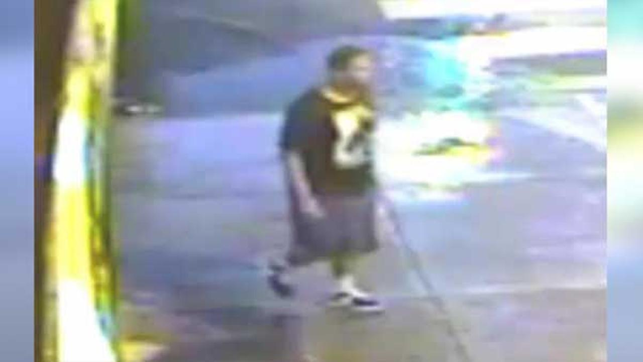 Suspect sought for robbery in the Point Breeze neighborhood