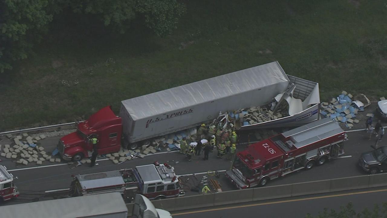 RAW VIDEO: Truck crash on Northeast Extension