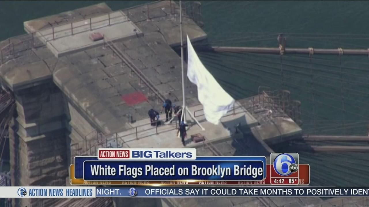 VIDEO: American flags replaced with white flags on Brooklyn Bridge