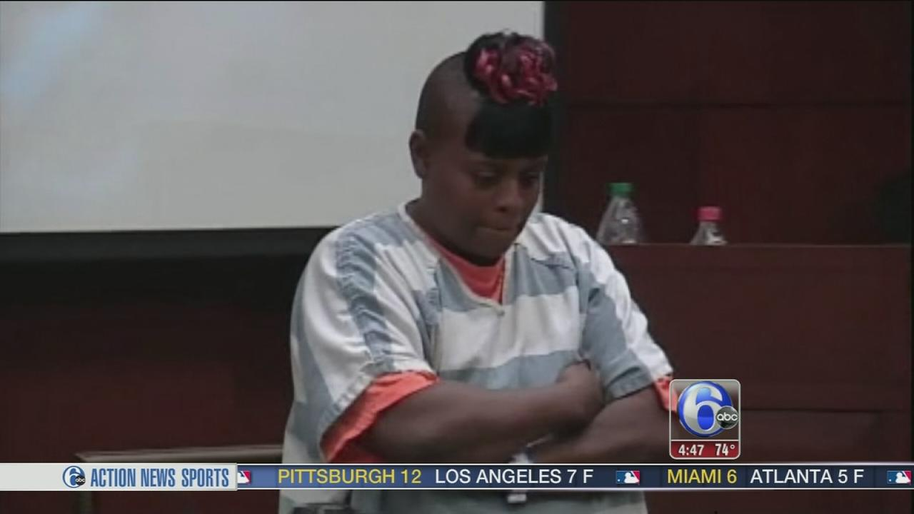 VIDEO: Mom accused of forcing her son to steal