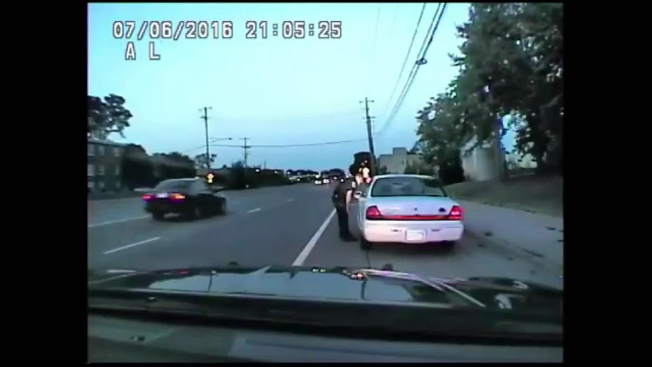 officer firing seven bullets into Philando Castile's motor car