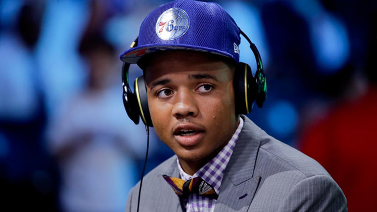 Washingtons Markelle Fultz answers questions during an interview after being selected by the Philadelphia 76ers as the No. 1 pick overall during the NBA basketball draft.