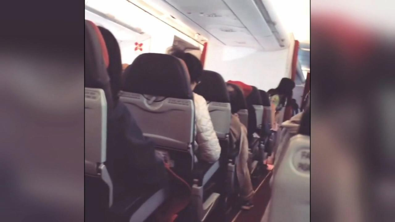 Shaky plane forced to return to airport while in flight