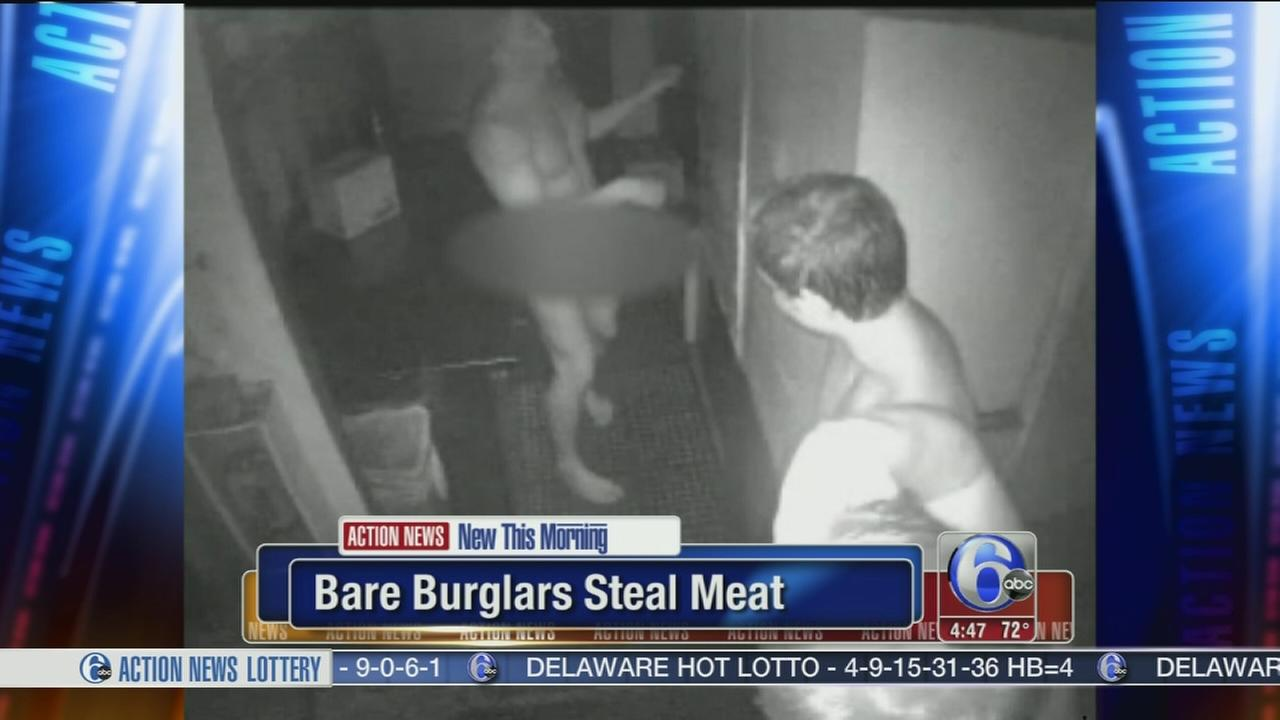 VIDEO: Naked burglars caught stealing from Florids restaurant