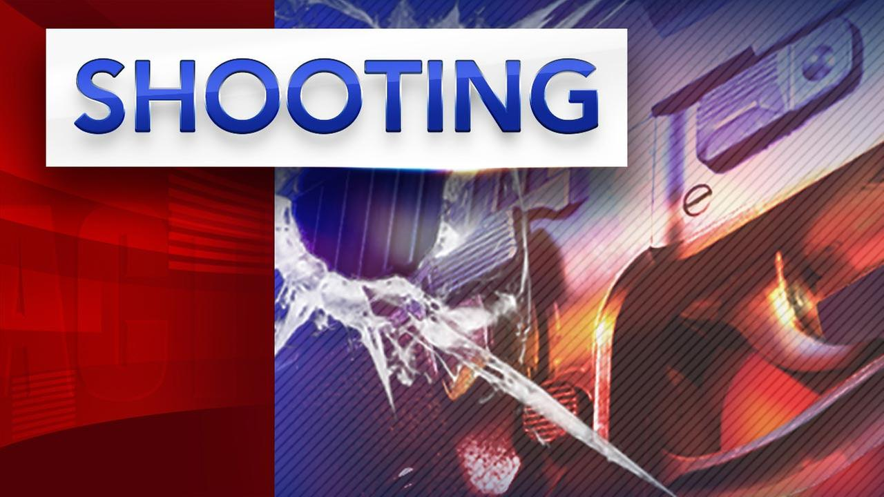 Police: Man shot to death in Kensington