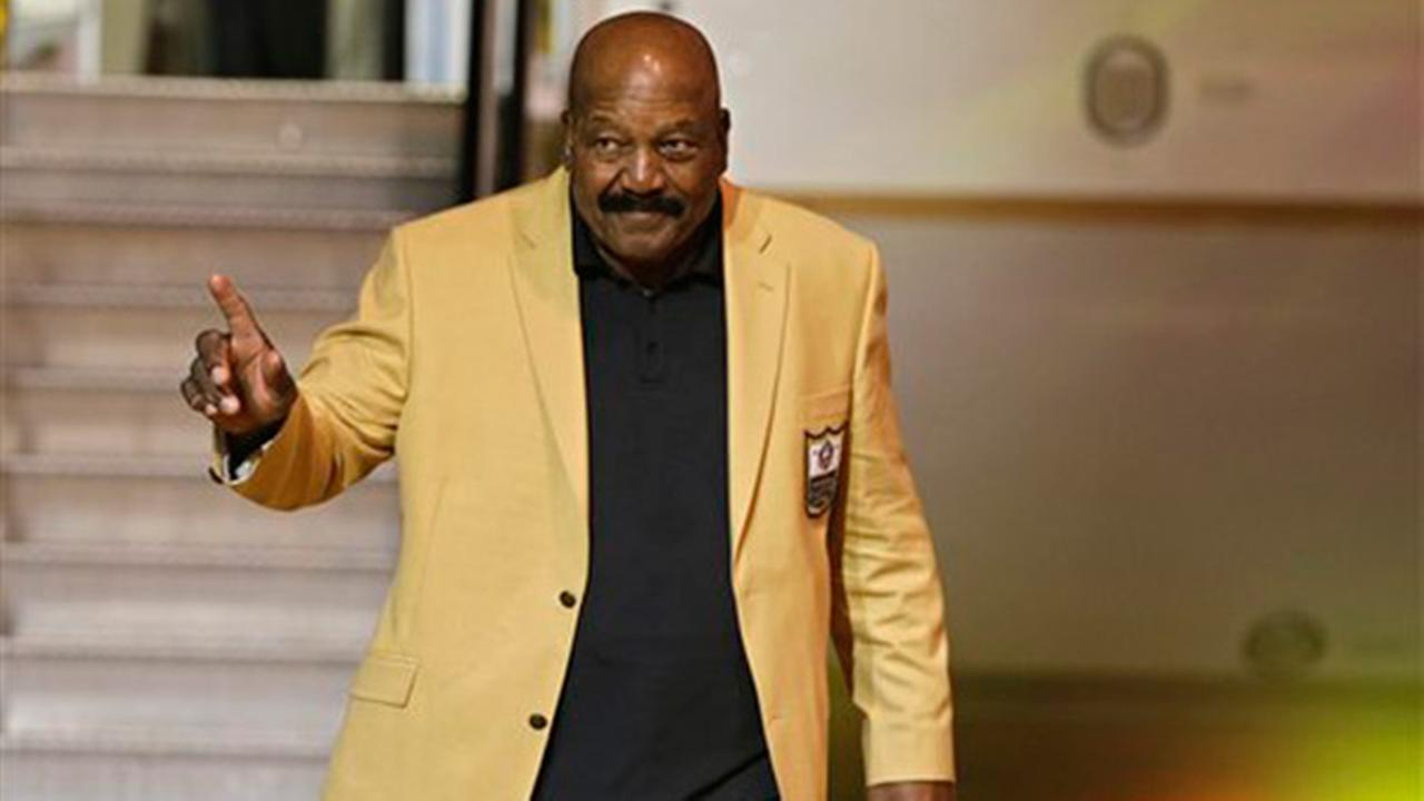 Hall of Famer Jim Brown sues over 1964 title ring
