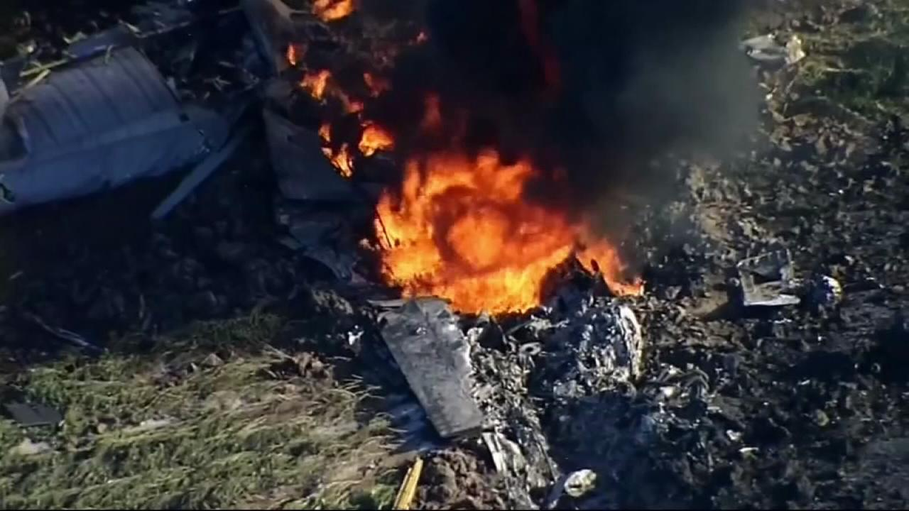 16 dead in military plane crash